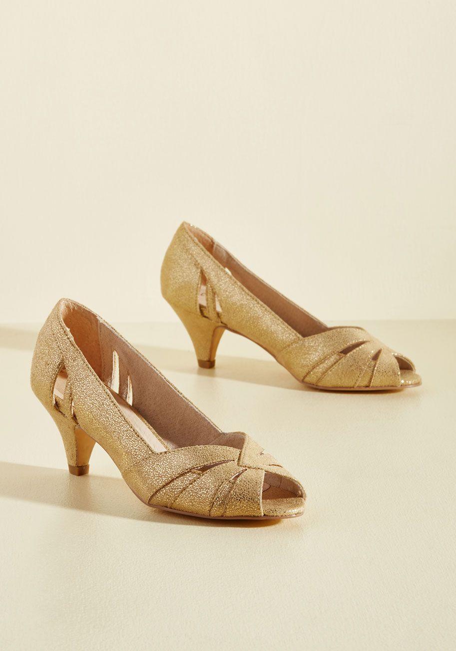 Gold kitten heels, Prom heels