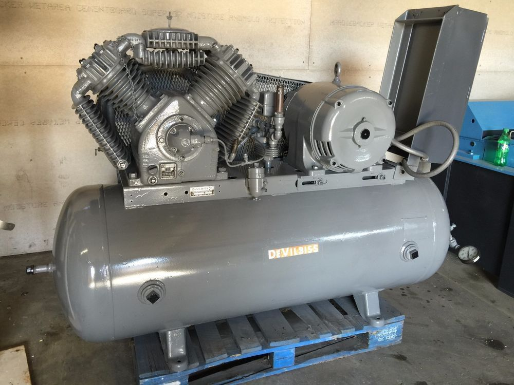 DEVILBISS 20HP RECIPROCATING AIR COMPRESSOR W/TANK STARTER