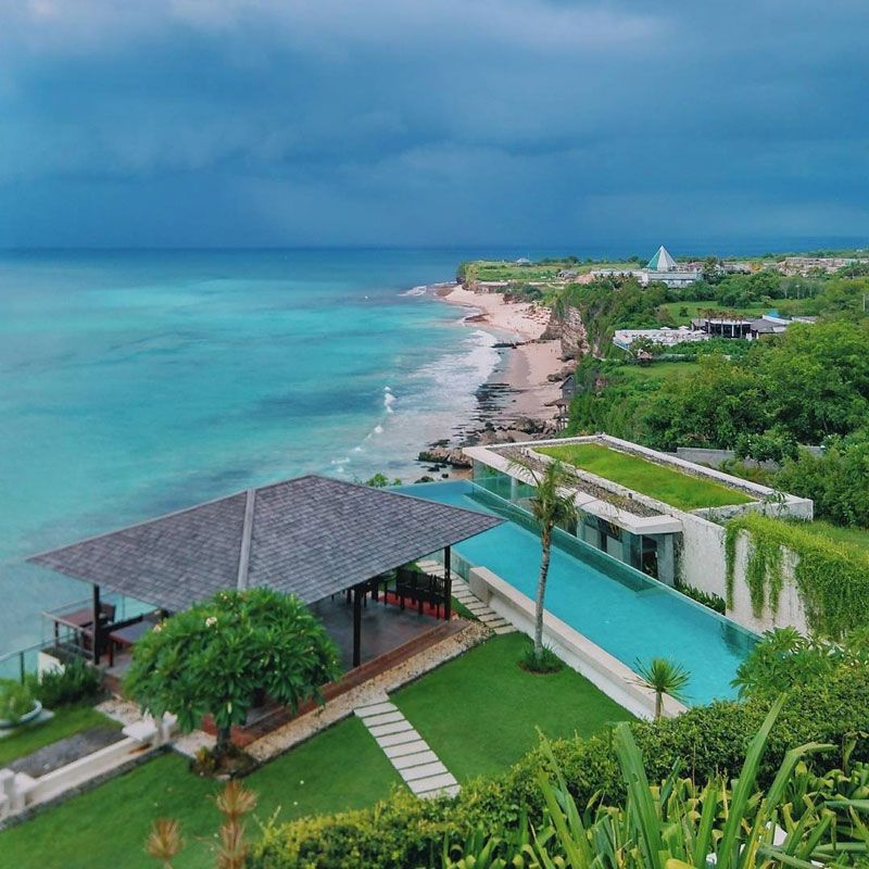 10 Luxury Beachfront Private Pool Villas In Bali For An Ultra Romantic Vacation Bali Pool Ocean View