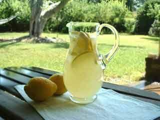 "Recipe for the ""perfect"" lemonade."
