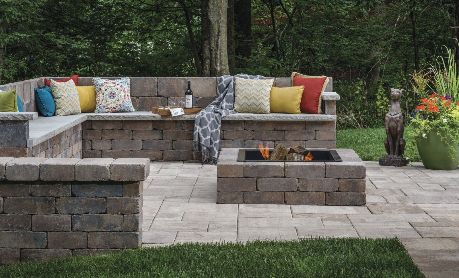 Seat Wall Design Patio Seating Walls Fire Pit Ideas From Belgard Outdoor Fire Pit Seating Wall Seating Fire Pit Seating