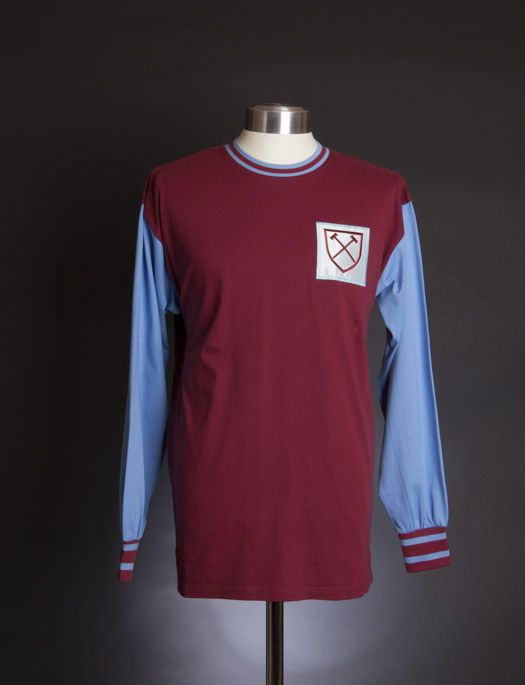 b401deebbc9 West Ham United 1966 LS shirt Football Design