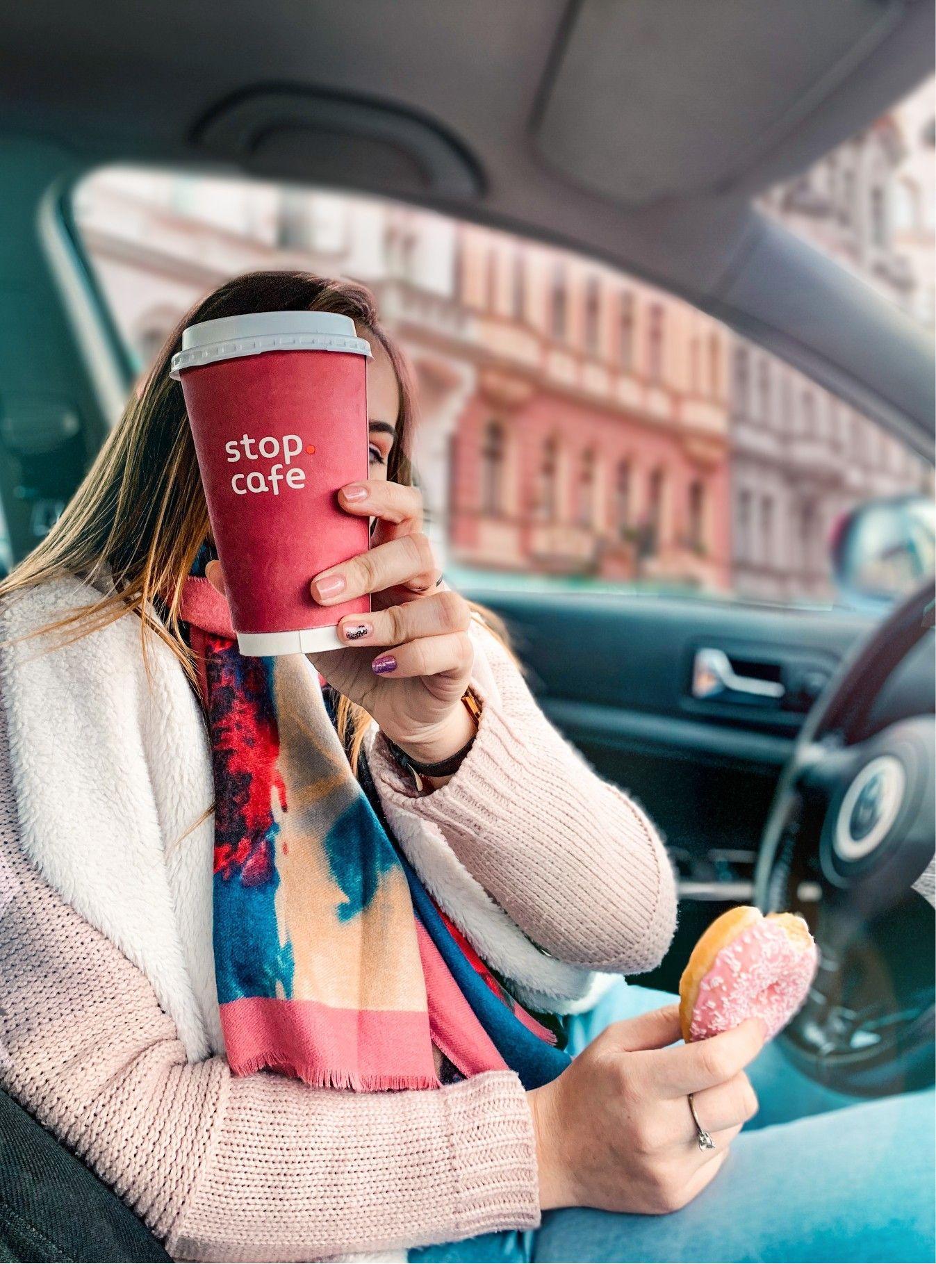 #photoideas #car #donut #winter #sweet #instaphoto #pink