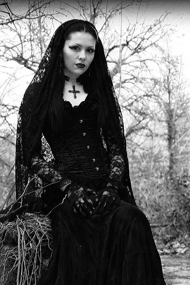 Image Result For Beautiful Gothic Women
