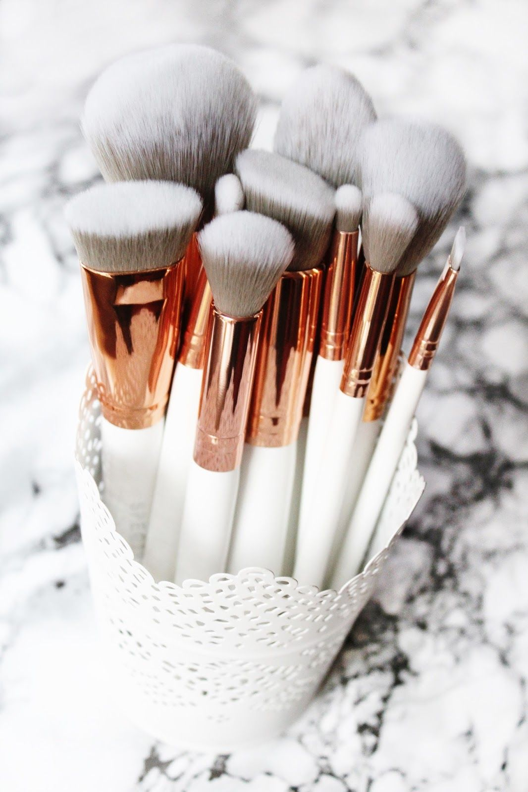 Spectrum Collections Brushes Marbleous 12 Piece Set