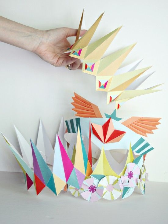 how to make a paper birthday crown