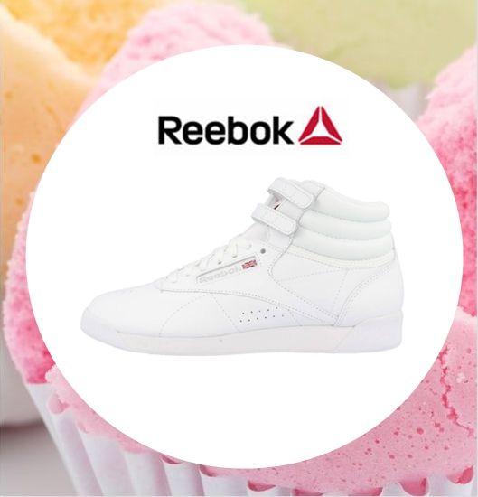 ¡Dreaming about this Reebok sneakers✨! Recién llegado este modelo mítico de Reebok. 🎀 Nos encanta.🎀  ¡¡Buenos días!! Ya tenemos aquí el fin de semana. Vamos que ya tenemos que ir terminando con los regalitos.🎁 #streetstyle #fashionstyle #zacaris #reebok #sneakersotd #xmasgift