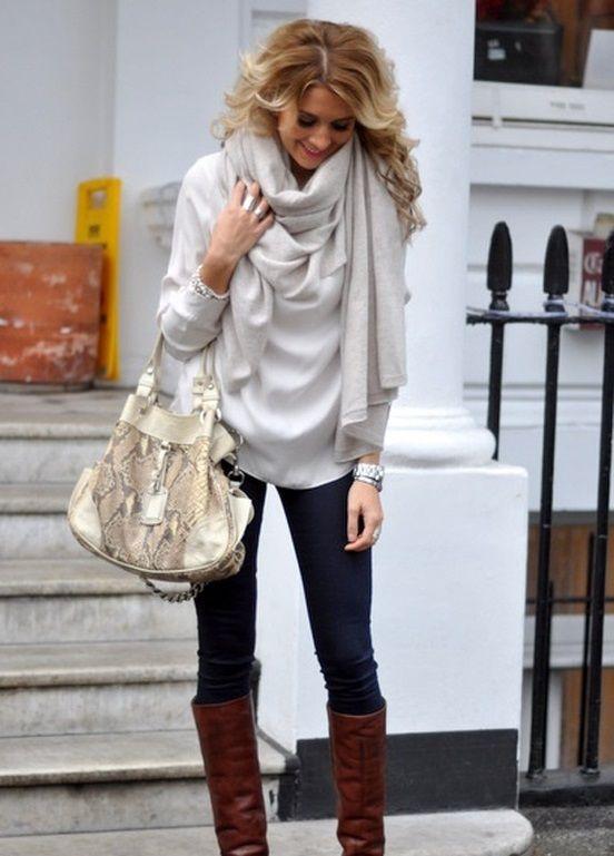 Comment bien porter et nouer un grand foulard pour homme ou femme autour de  son cou enroulé autour ou avec un noeud bien attaché, des conseils de mode. 9ce9d58b9b0