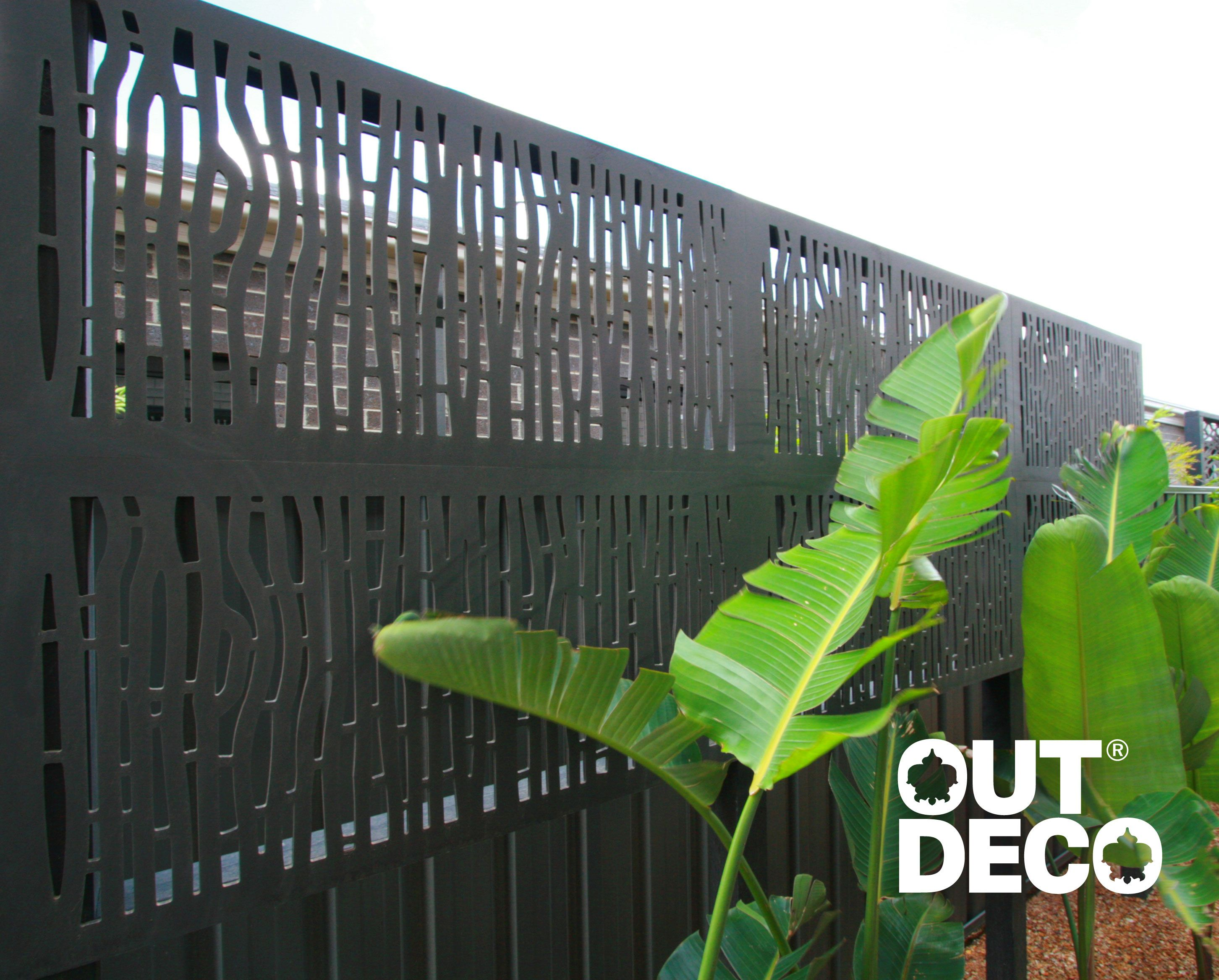 OutDeco privacy screens -Two rows of OutDeco Bungalow screens extend the  height of
