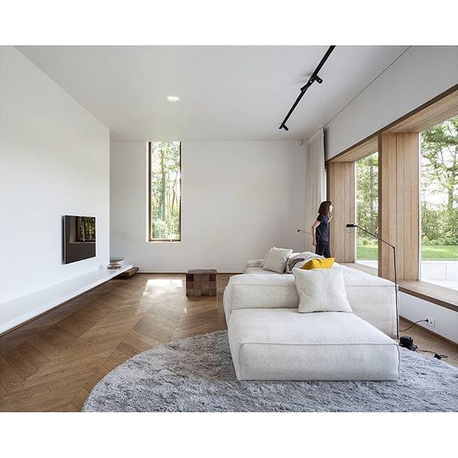 Cozy Minimalist Living Room: Pin By Steph Legros On Chiswick In 2019