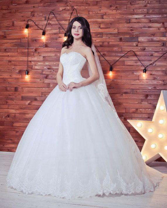 Ball gown wedding dress Berry wedding dress by myHoneymoonDress