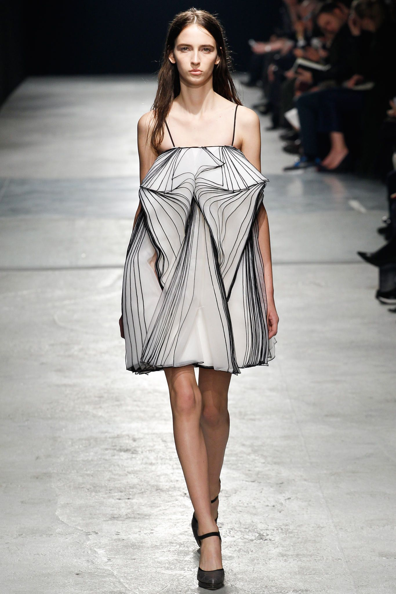 Fall 2014 Ready-to-Wear - Christopher Kane
