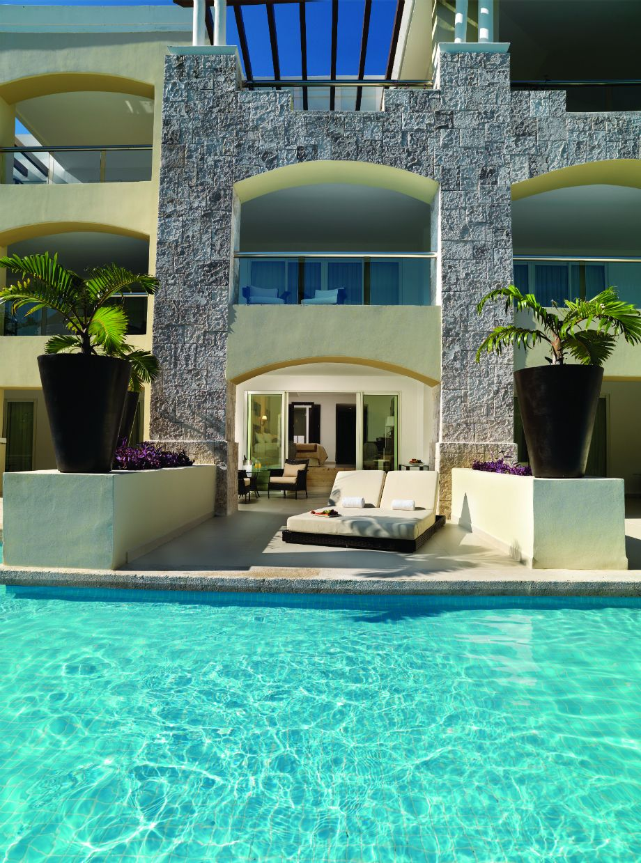 Swim Up Suite At The Grand Section At Moon Palace Golf And