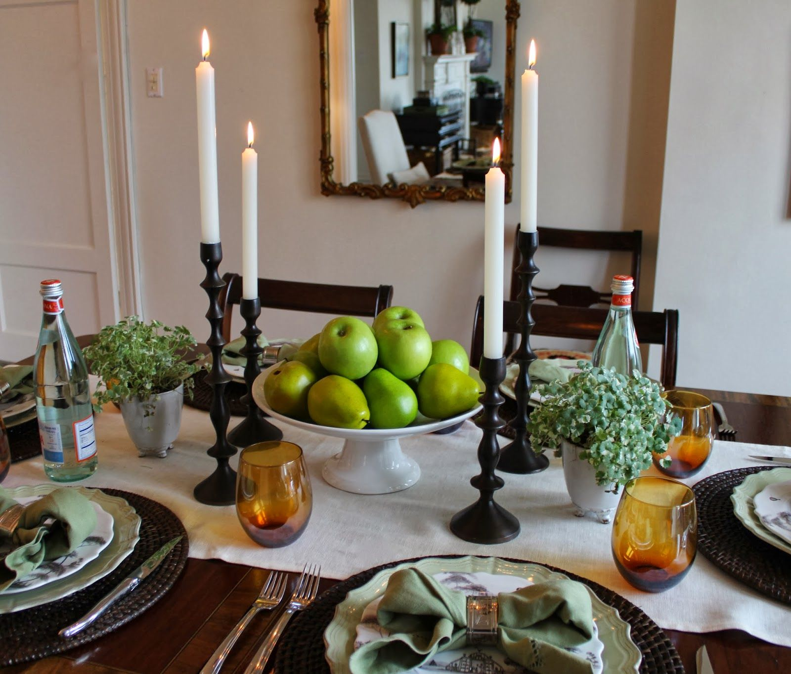 Fresh Ways To Set A Casual Table Classic Casual Home Dining Room Table Centerpieces Dinning Room Table Decor Dining Table Decor Centerpiece