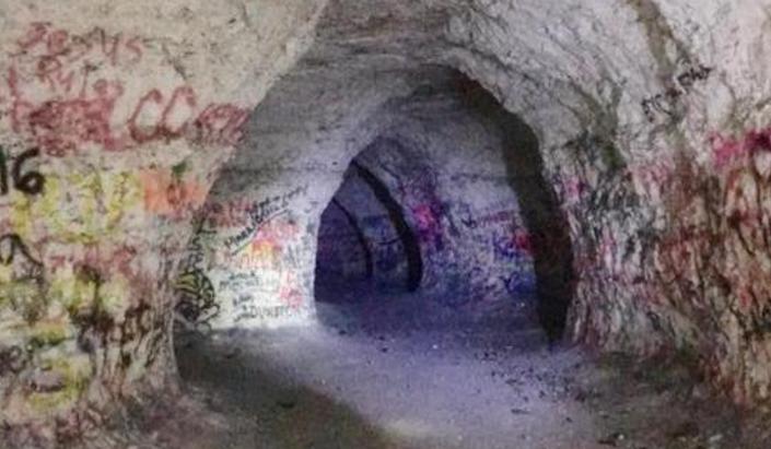 Travel | Mississippi | Chalk Mine | Iuka | Hidden Gem | Secret | PIckwick Lake | J.P. Coleman | State Park | Day Trip | History | Cave | Hike | Outdoors
