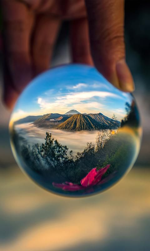 Lensball | The perfect crystal ball for wide-angle photography