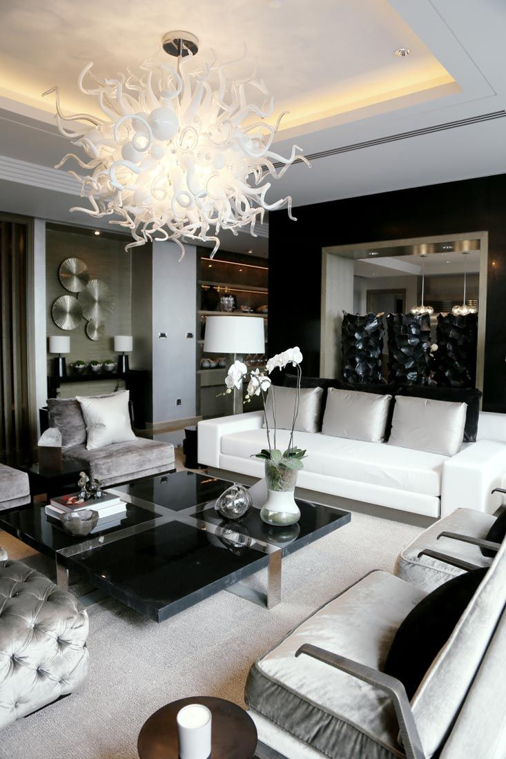 Elegance In Black White Silver Find More Black And Silver Living Room Ideas Here Https Modern White Living