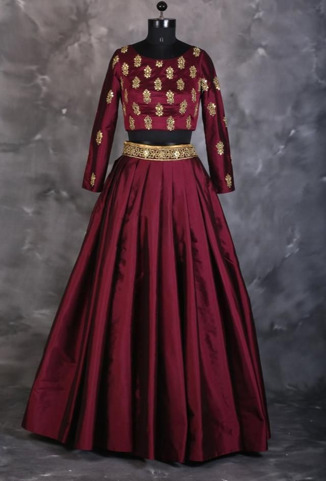 Wine crop top set with mirror work exclusively designed by joe mansoori bridal lehenga also best outfits for so images in rh pinterest