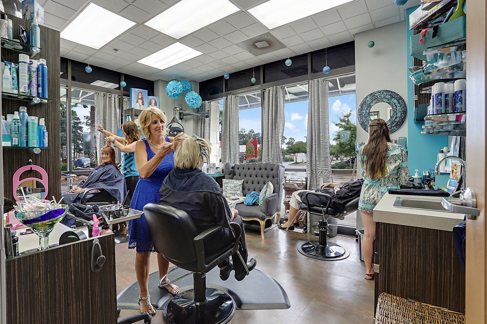 Meet The Hair Salon Franchise That Turns Stylists Into