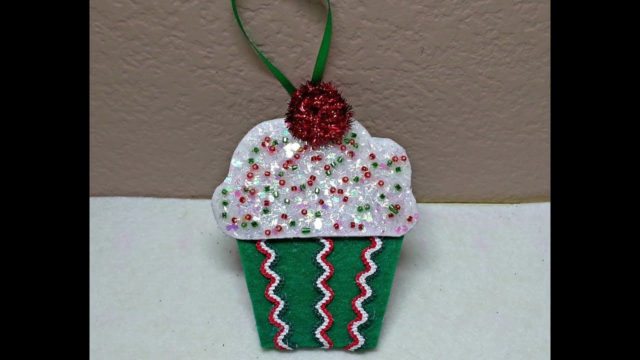 DIY Make An Adorable Christmas Sparkle Cupcake Ornament