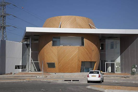 blooms surfaces wooden cladding exterior hpl balcony cladding