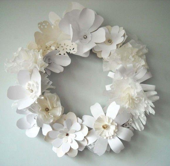 diy downton abbey paper rose wreath. 3d rendering white paper ...