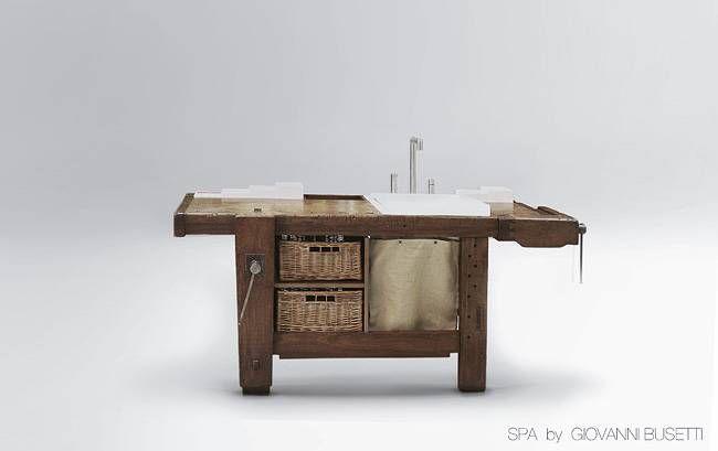 TAUL Waschtisch als Werkbank Der Waschtisch TAUL besteht aus einer Werkbank, die Sie sich speziell im Internet aussuchen können.