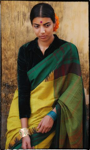 x01 Kornad Hand Woven Pure Cotton Sari – father-land