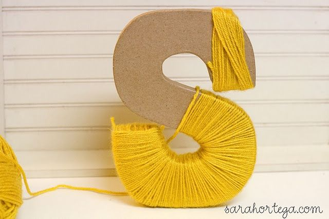 Yarn wrapped letters...pinned by Liberhada ♥