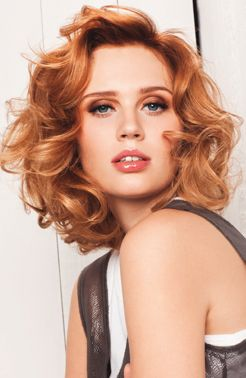 Mid Length Curl Strawberry Blonde Hair Styles Blonde Hair Inspiration Short Hair With Bangs