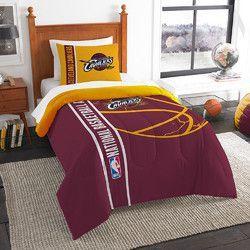 Cleveland Cavaliers NBA Printed Comforter & Sham Set (Twin) (64 x 86)