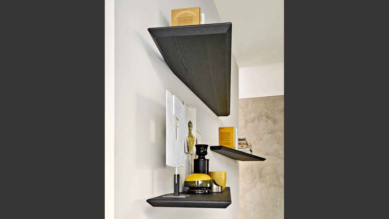 10 mensola by molteni c shelving units cabinets for Mobili italiani design