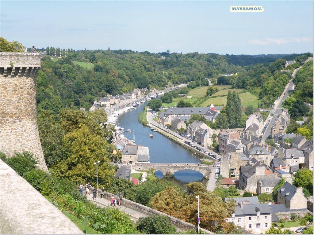 Vue Du Jardin Anglais Vers Le Port De Dinan France Brittany