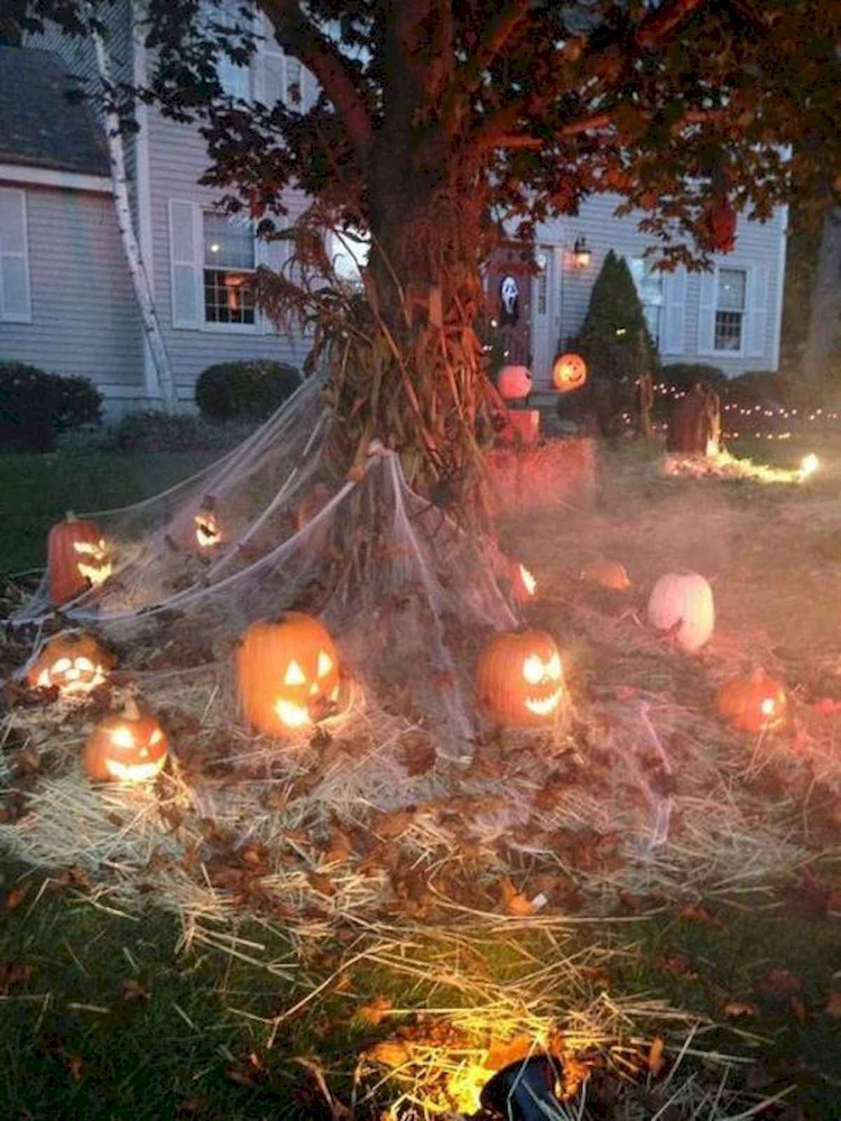 90 Fantastic Halloween Party Decor Ideas #halloweendecorations