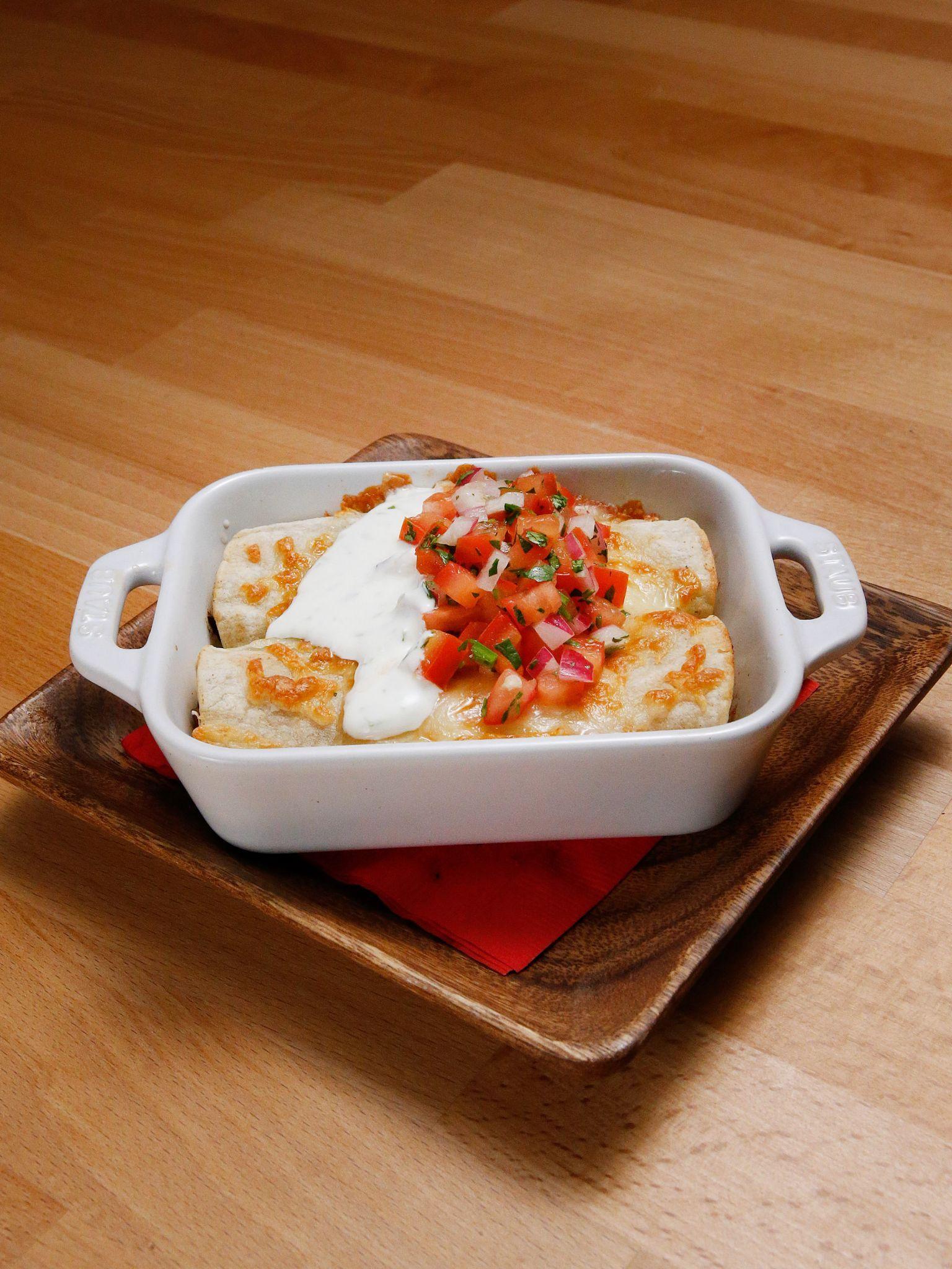 Chicken enchiladas recipe chicken enchiladas recipes and easy chicken enchiladas forumfinder Image collections