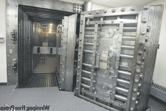 bank vault door weight