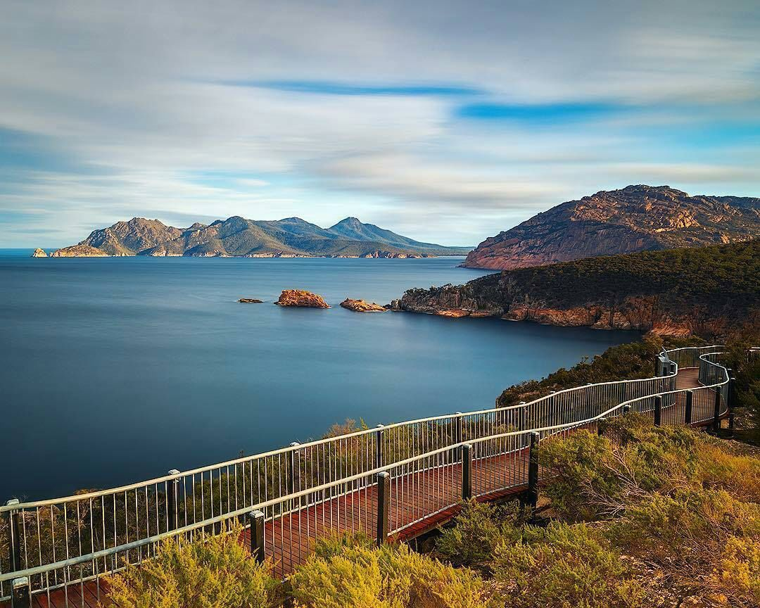 The incredible view from the boardwalk at Cape Tourville lighthouse in the Freycinet National Park www.instagram.com/lake_of_tranquility