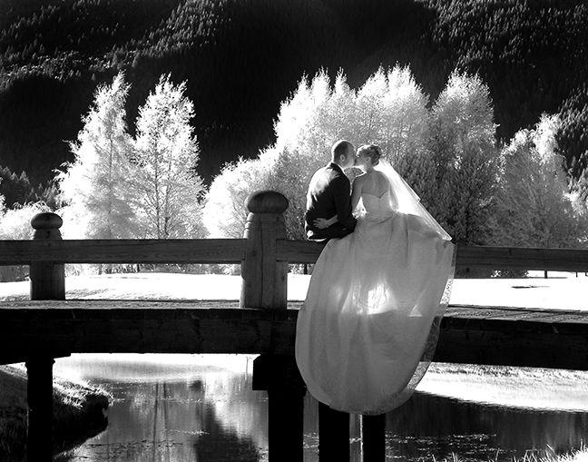 этом, у фотографов удалились фото со свадьбы этого