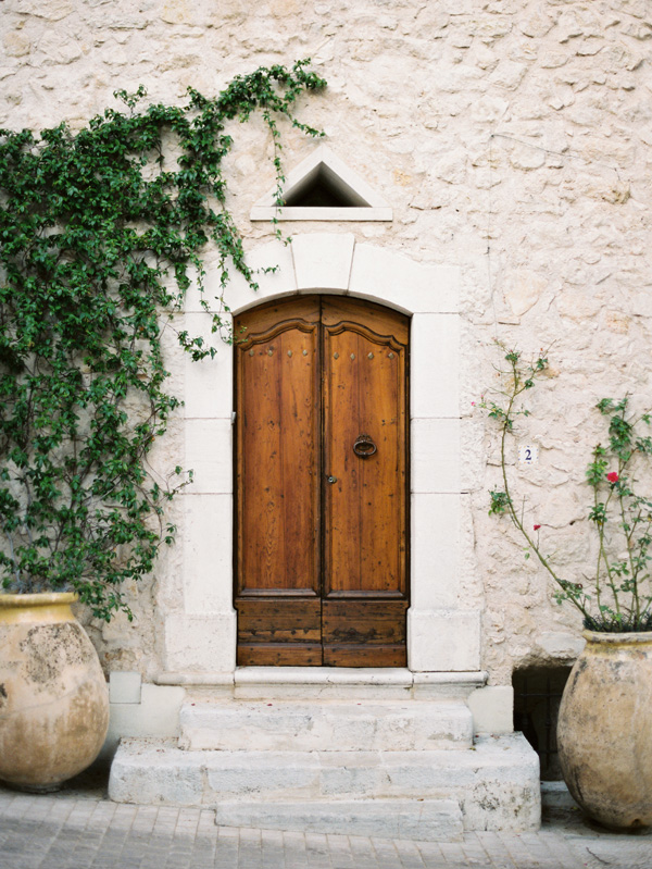 Arch & Intimate French Riveria Wedding Ideas | French riviera Doors and ... pezcame.com