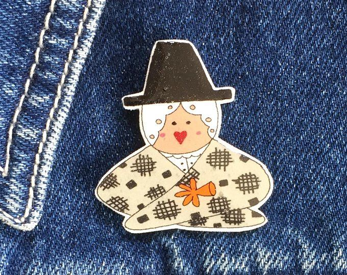 Head and shoulders Welsh Lady Pin, Badge, Hand Made, Welsh