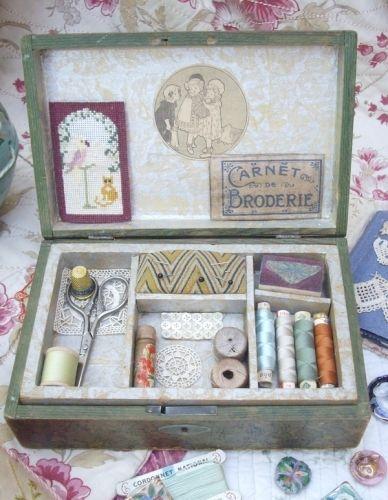 ancienne boite couture de fillette jouet 1905
