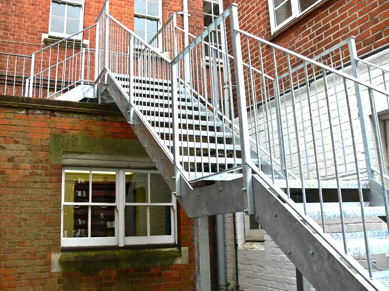 Best Exterior Galvanised Steel Staircase Metcalfe Metal Design 400 x 300