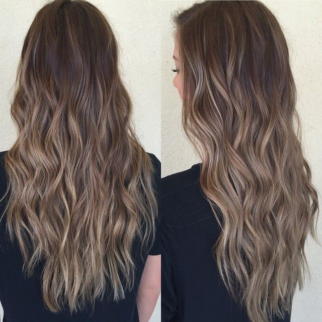 #ShareIG Caramel sombre✨ I love a sun kissed look☀️ // #balayage #highlights #caramelombre #caramel #hairsandstyles #softwaves #summerhair #hairideas #azhairstylist #sombre #behindthechair #naturalhair #ombre #longhair #pretty #americanstyle #sunkissed #beachwaves #caramelbalayage