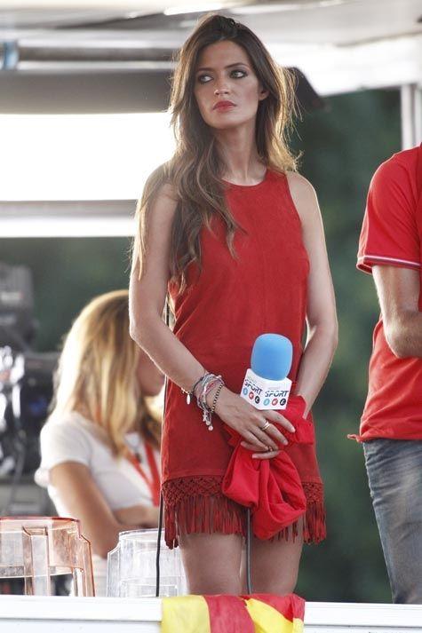 Love that dress =)