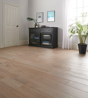 Style Smoky Grey Oak Solid Wood Flooring - 1.5m2 Pack | Wickes.co.uk