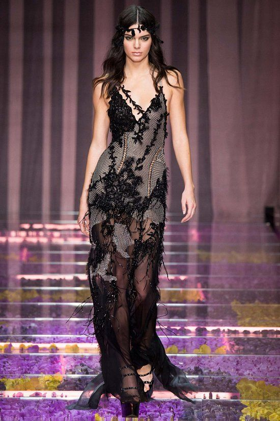 6e06488c2381 Atelier Versace haute couture осень-зима 2015-2016   Ах ...