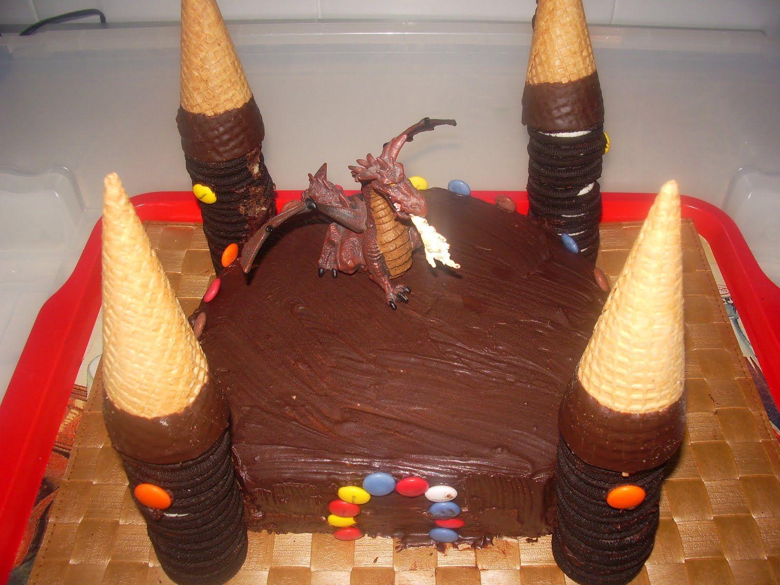 entre recetas y libros tarta castillo del dragn para cumpleaos