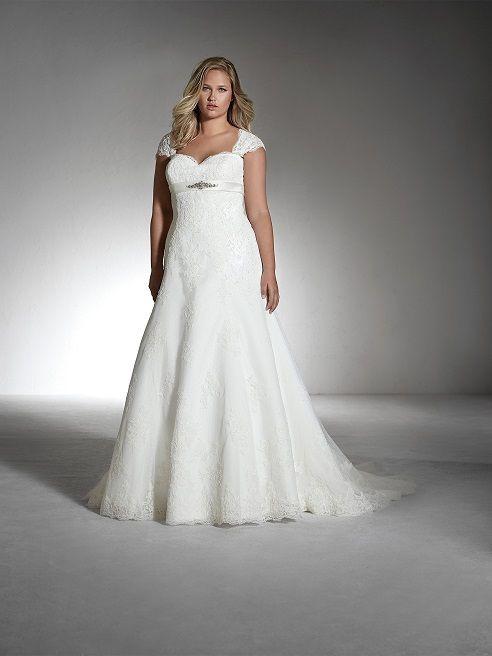 Traumhafte Plus Size Brautkleider von WHITE ONE by St. PATRICK aus ...