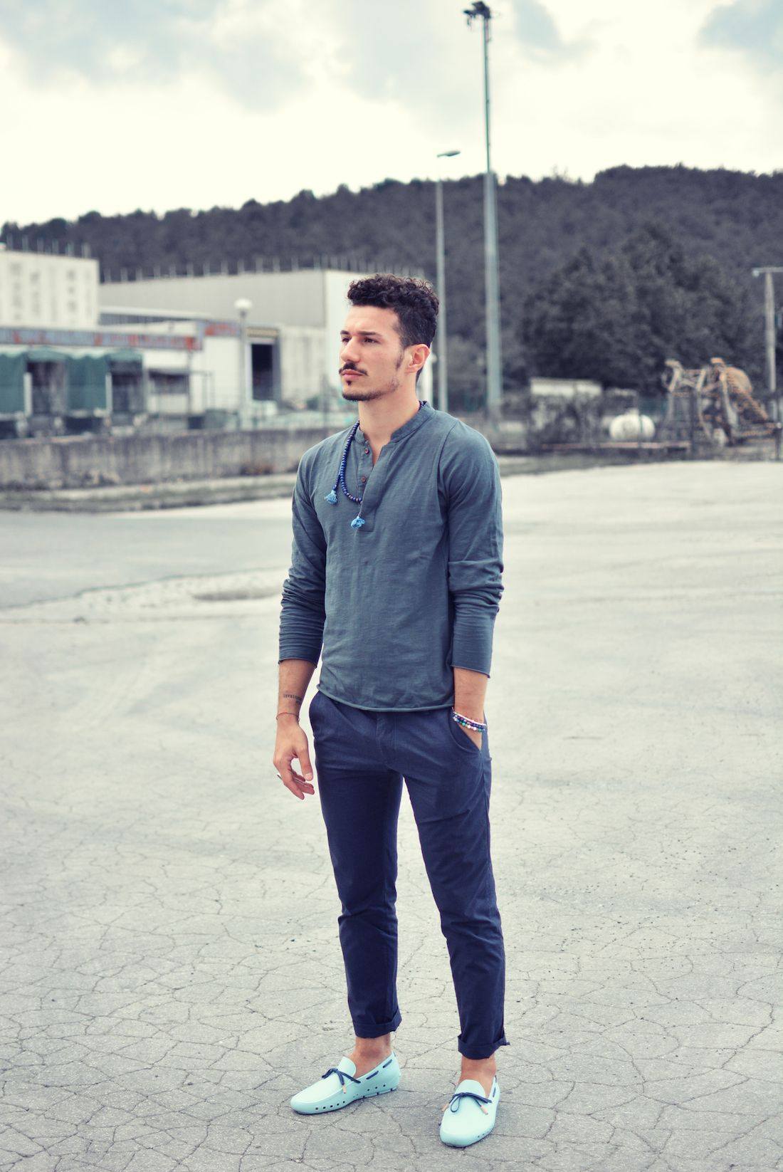 Menu0026#39;s Navy Henley Shirt Navy Chinos Light Blue Leather Driving Shoes | Navy chinos Henley ...