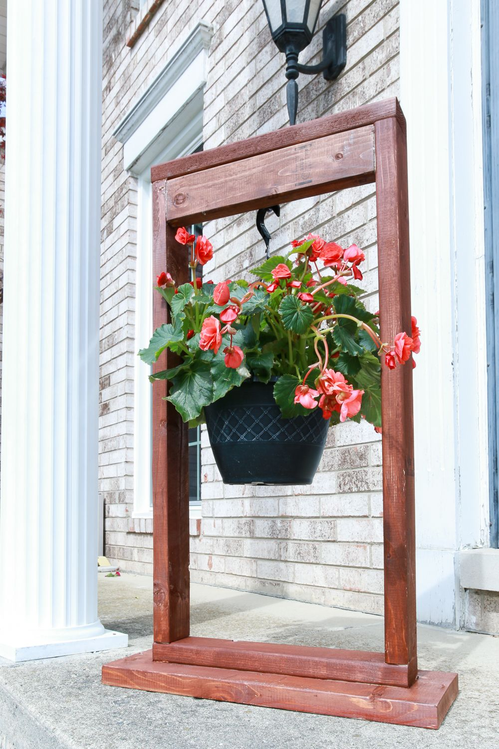 Diy hanging plant stand hanging plants outdoor hanging